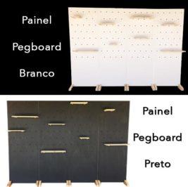 Painel Pegboard dupla face com até oito prateleiras – preto ou branco (Valor por placa – até 4 placas)